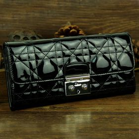Gorgeous Lady Dior Black Leather Folding-over Cannage-Pattern  Purse 2018 Gift  Stylish  Silvery Buckle